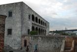 Vista lateral del Alcázar.