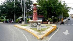 Monumento a La Muñeca sin Rostro